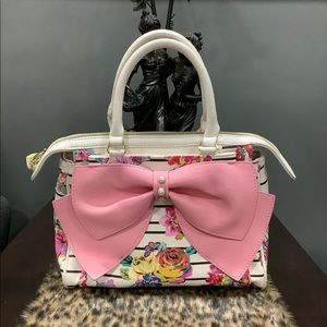 BETSEY JOHNSON BIG PINK BOW FLORAL BAG